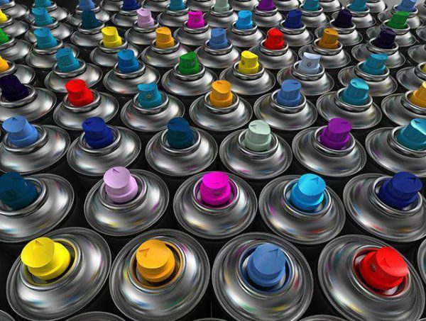 Аерозольна фарба для пластику