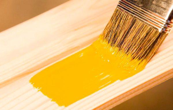 Фарбування дерева акриловою фарбою