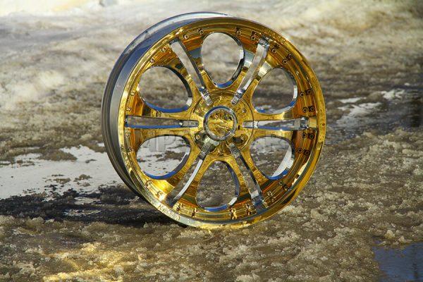 Автомобільний диск після гальванічного покриття