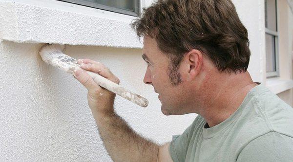 Фасадна латексна фарба для будинку