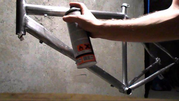 Грунтовка для алюмінію в аерозолі