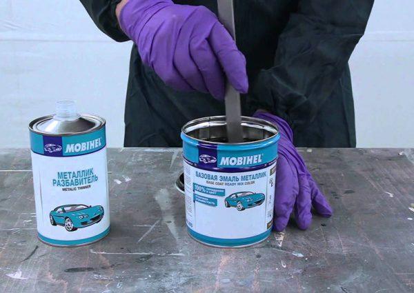 Як розбавити фарбу металік