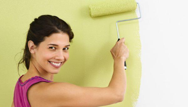 Фарбування стін фарбою