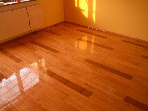 Красивий зовнішній вигляд підлоги після покриття його лаком