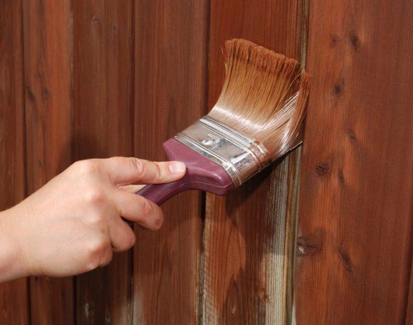 Фарба для дерев'яних поверхонь на масляній основі