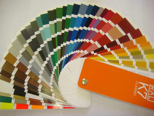 Вибір відтінку для фарбування ПВХ-поверхонь
