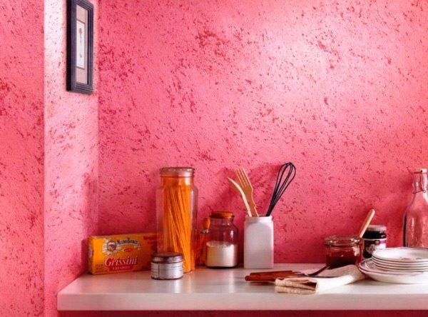 Мозаїчна фарба на стіні
