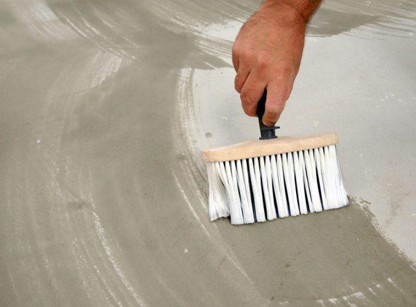 Захист бетону грунтовкою