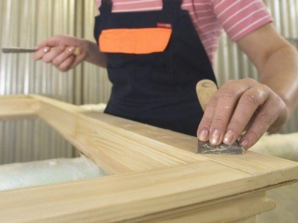 Готуємо дерев'яний виріб до фарбування