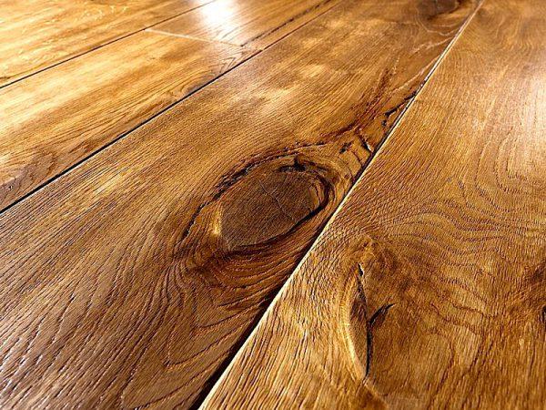 Обробка дерева воском