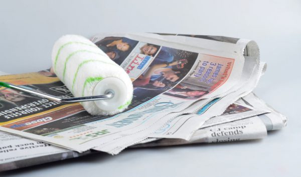 Чистка валика про газету