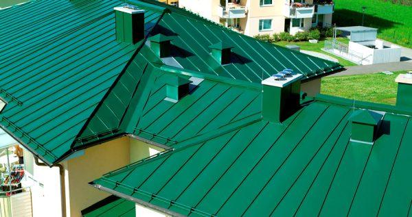 Оцинкований дах, пофарбована своїми руками