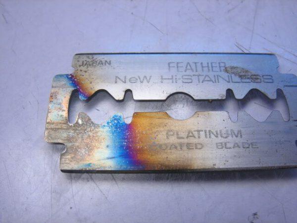 Оксидна плівка на металі
