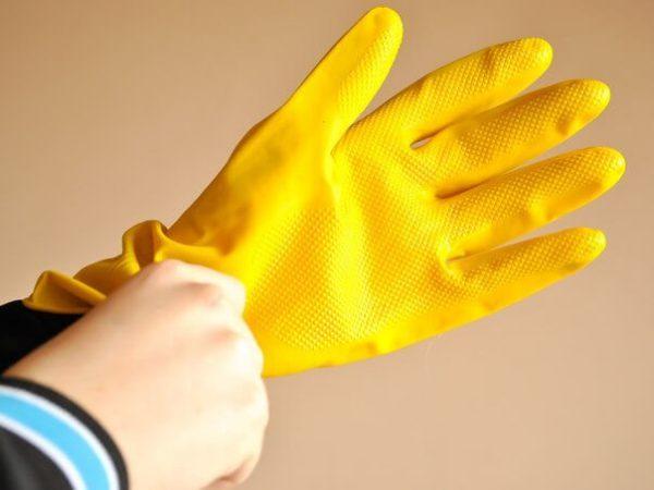 Гумові рукавички для роботи