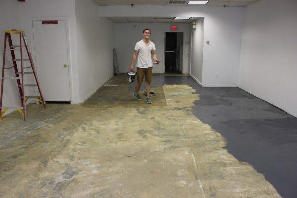 Готуємо бетонну підлогу до фарбування