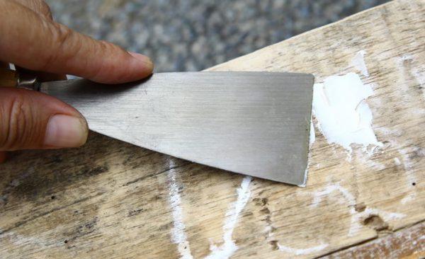 Підготовка дерева до нанесення просочення