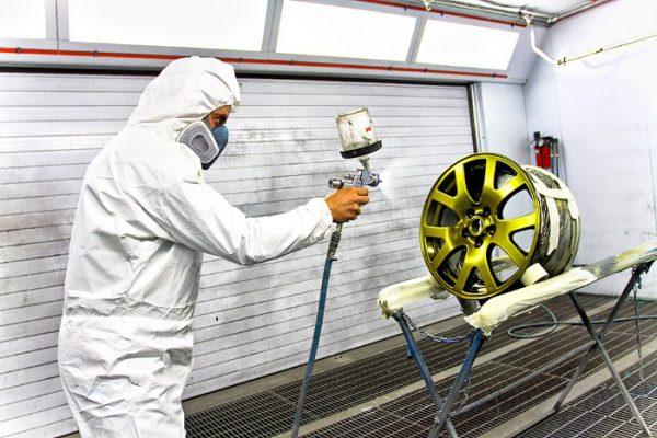 Нанесення фарби металік на автомобільний диск