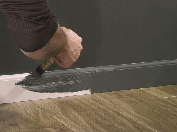 Фарбування плінтусів для підлоги з МДФ