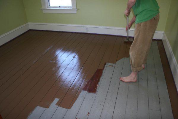 Фарбування дерев'яної підлоги