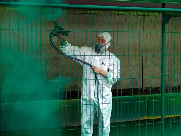 Порошкове фарбування паркану
