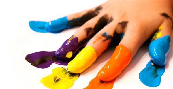 Акрилові фарби мають свої переваги