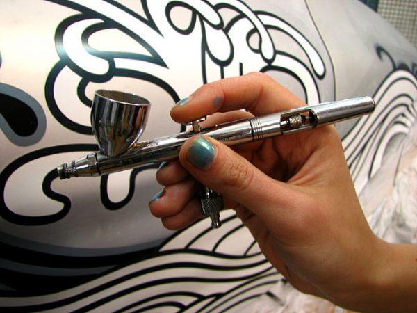 Процес нанесення фарби