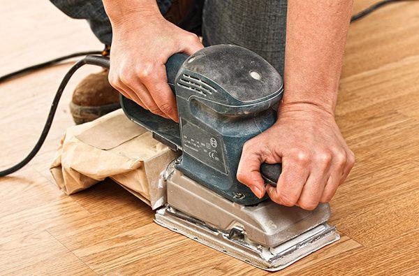 Підготовка підлоги до лакування