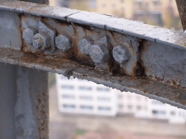 Щілинна корозія в з'єднаннях металевих конструкцій