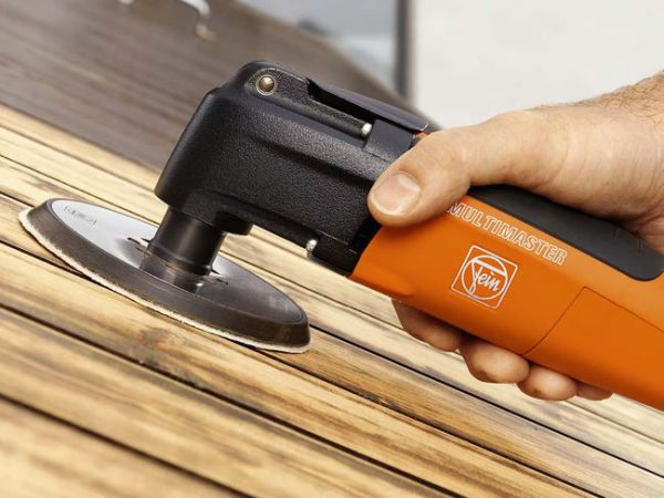 Шліфування дерев'яної поверхні