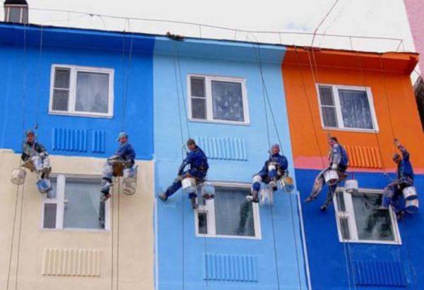 Фарбування фасадів силікатною фарбою