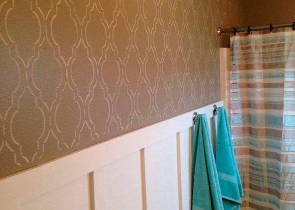 Трафаретний розпис стін у ванній