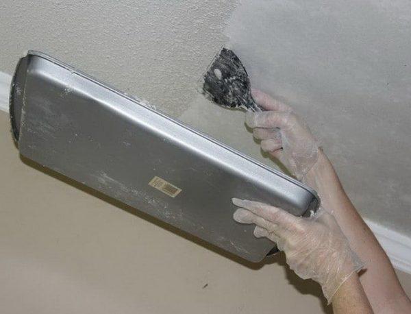 Видалення водоемульсійною фарби механічним способом