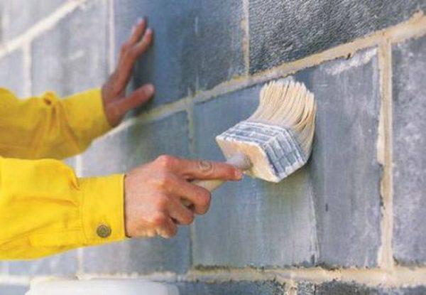Підготовка стін за допомогою грунтовки