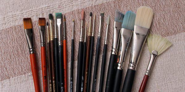 Різноманітність розмірів пензликів