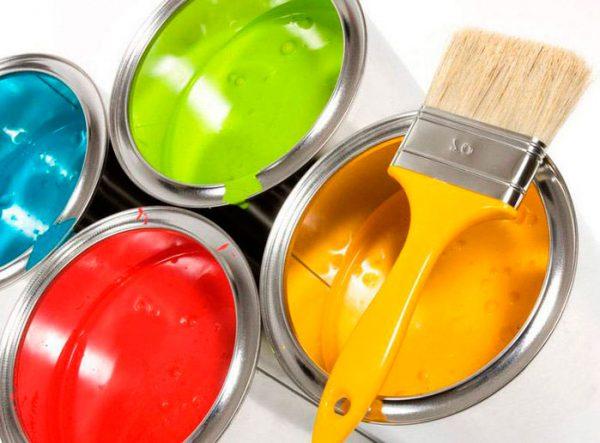 Різна водоемульсійна фарба