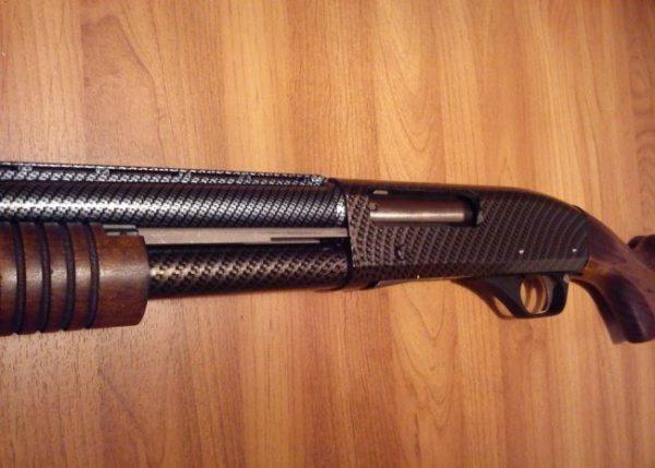 Зброя з нанесеним лаком