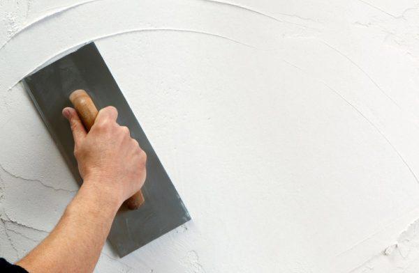 Вирівнювання стін перед фарбуванням
